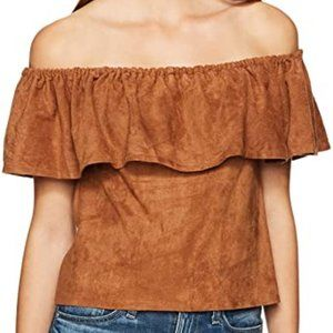 NWT! Cupcakes & Cashmere Off Shoulder Top